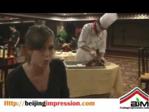 Peking Duck Dinner, how to make a duck roll.
