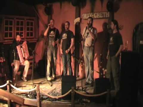 Tekst piosenki Żeglarska - Hanging Johnny po polsku