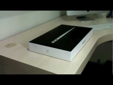 Unboxing MacBook Air 2011 - MC965BZ
