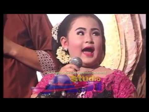 Video Dimas Niken Salindri Dijengleng Jo Klitik & Jokluthux,s Limbukan Ki Eko Kondho Prisdianto download in MP3, 3GP, MP4, WEBM, AVI, FLV February 2017
