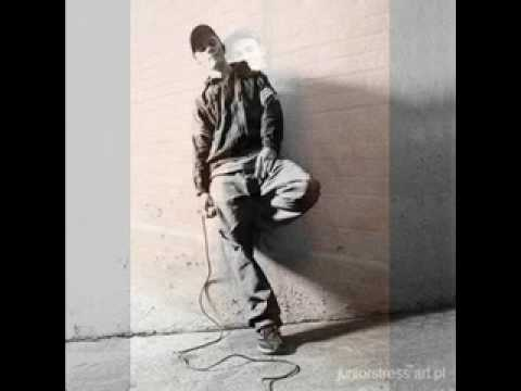 Tekst piosenki Junior Stress - Dancehall Masak Rah po polsku
