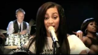 "Solange Knowles-""T.O.N.Y."" Pepsi Smash Performance"