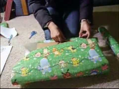 how to properly wrap a gift