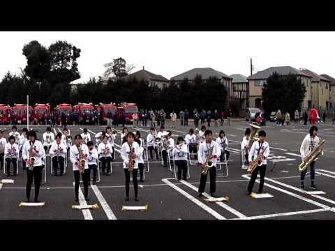 [2017-01-08][1217] T-SQUAREの「宝島」<柏市立松葉中学校吹奏楽部:柏市消防出初式第2部演技の部@モラージュ柏駐車場>