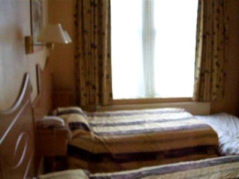 Hotel White's