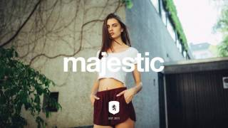 Love these dance vibes by T4PES.Random question: Would you guys be interested in suggesting tracks for Majestic Casual? I think it could make sense. I could find out what you all are currently listening to, I'm sometimes unsure what you want to hear on Majestic Casual lately. Majestic Casual - Experience Music in a new way.» Instagram: https://instagram.com/majesticcasual/» Facebook: https://facebook.com/majesticcasual/✖ Music by T4PEShttps://soundcloud.com/t4pes✖ Photo by Street Vibeshttps://www.instagram.com/sc_photo_graphy/