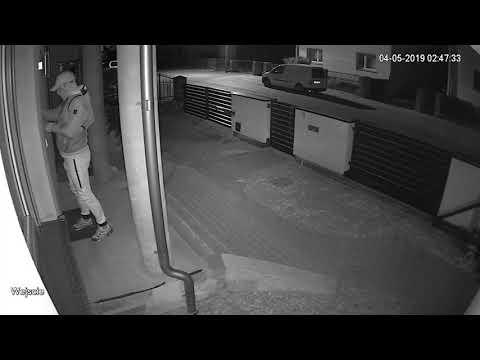 Wideo1: Policja publikuje nagranie z włamania do domu