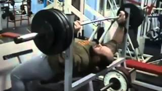 How A Fat Man Deals With Weight Lifting :))