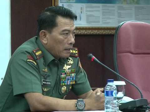 Panglima TNI Berikan Ceramah Kepada Peserta PPRA LII Lemhannas Tahun 2014