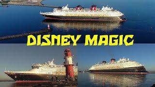 Einlaufen der DISNEY MAGIC am Morgen des 19. Juni 2017 bei Sonnenschein in Rostock-Warnemünde. Arrival of the cruise...