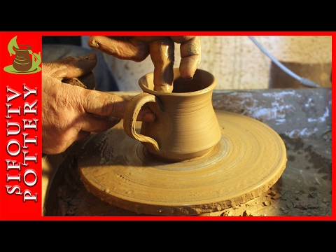Pottery throwing – How to Making a Mug #1