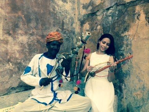 Rozlyn Khan Playing Sarangi(Violin)