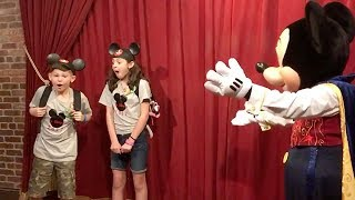 Janielle and Elijah are having the best day ever! Not only are they at Disney World but the kids get to meet the top mouse himself, Mickey. But this isn't just any ordinary meet and greet. Mickey actually has a secret announcement to make. He lets the children know that their foster parents, Courtney and Tom, are adopting them! #Disney #DisneyWorld #adoption #familyConnect with RightThisMinute online!Facebook: http://www.facebook.com/RightThisMinuteGoogle+: http://plus.google.com/+RightThisMinuteTwitter: http://twitter.com/RightThisMinuteInstagram: http://www.instagram.com/rightthisminuteWatch full episodes at http://rightthisminute.com/episodes/latestConnect with the RightThisMinute hosts!Christian Vera: http://twitter.com/christianveraNick Calderone: http://twitter.com/nscalderoneGayle Bass: http://twitter.com/gaylebassOli Pettigrew: http://twitter.com/oli_pettigrew—————RightThisMinute is THE viral videos show – now seen in over 90% of the U.S. on America's best TV stations. We have the stories behind the best web videos with interviews and information you won't find anywhere else.  Every day, our team of e-journalists scour the internet to find you the videos everyone will be talking about.  Our hosts then share the best of these on TV, online, and on mobile.  If it's funny, outrageous, informative or entertaining, you'll see on #RightThisMinute here first.RightThisMinute.com is the companion site for the TV show. Updated daily, you'll find show clips and other great videos you may not see on TV. Bookmark www.RightThisMinute.com and do come back often to find out what's trending every day.Get RTM on your mobile device by downloading the RTM Videos app at http://www.rightthisminute.com/apps — available for IOS, Android and Windows — or watch us on Apple TV.