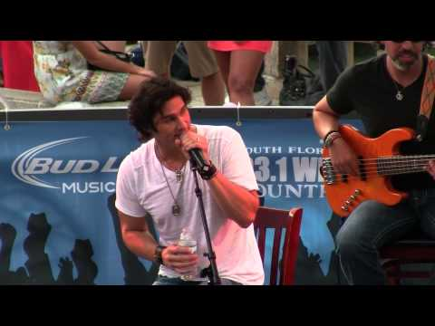 Joe Nichols – Baby Got Back – July 24, 2013