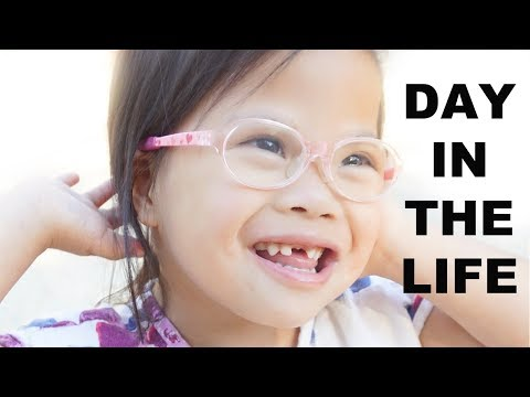 Ver vídeo DAY IN THE LIFE OF ROSIE | Down syndrome Awareness | This Gathered Nes