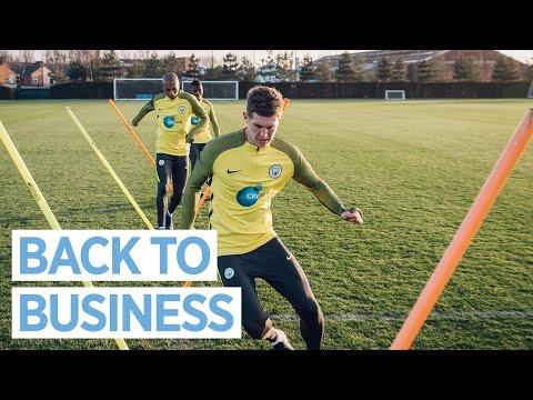Video: MAN CITY TRAINING | New Training Kit!