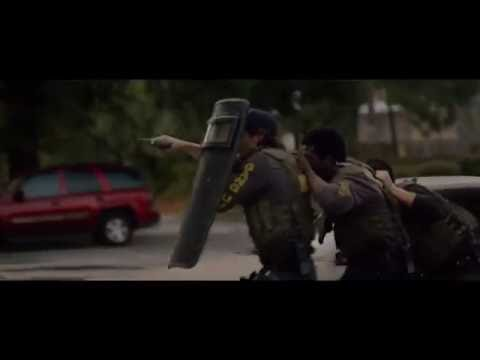 Breach Scene from Triple 9 - Rainbow Six Siege Style - Hunting Thermite (видео)
