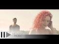 Spustit hudební videoklip Laura Gherescu feat. CRBL - Pana cand?