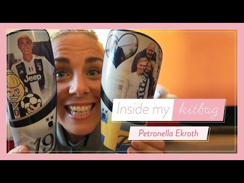 What's In My Juventus Kitbag With Petronella Ekroth #FreeYourStyle