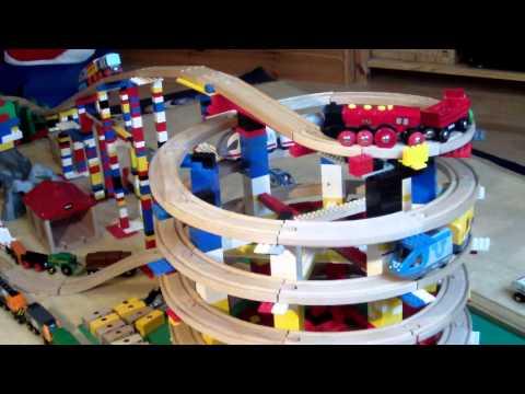 BRIO Eisenbahn und LEGO - BRIO Wooden Railway System and LEGO (HD)