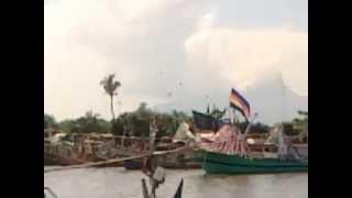 Video Parade Perahu Hias dalam PETIK LAUT MASYARAKAT PESISIR BESUKI SITUBONDO JAWA TIMUR MP3, 3GP, MP4, WEBM, AVI, FLV Desember 2017