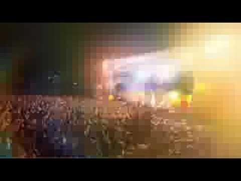 Tekst piosenki PNAU - Embrace po polsku