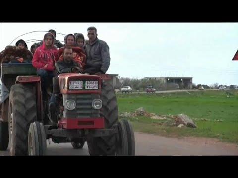 Afrin Syrians flee