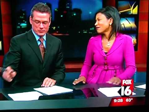 NEWS ANCHOR Got Scared Blooper