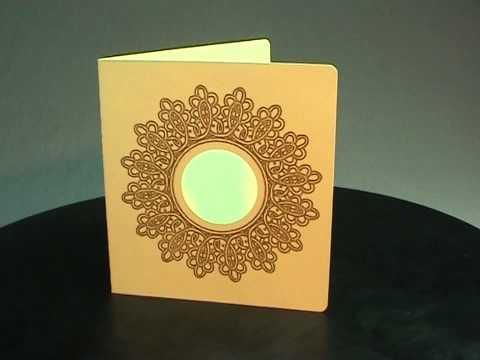 Piirretyt kortit: valkoinen ja sininen