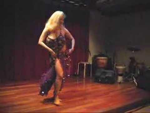 Danielle Moinet Wardrobe Malfunction