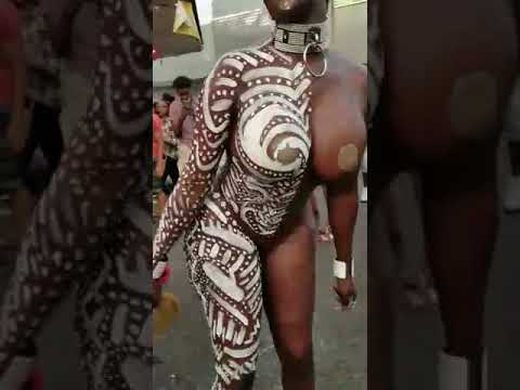 A Nigerian  Girl Dancing Naked  In Public