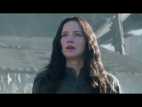 Katniss Returns to District 12 in New 'Mockingjay Part I' Clip