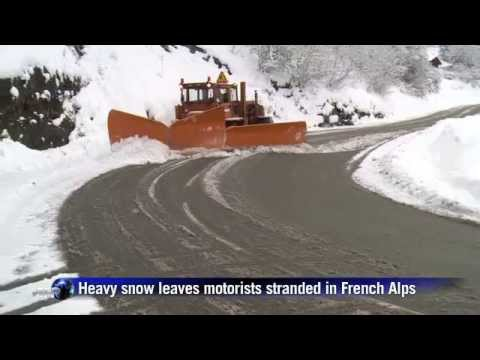 Heavy snow leaves motorists stranded in French Alps