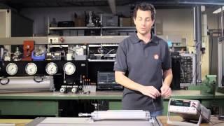 Sensor Serie SM6 – analoge Wegmesssensoren für Zylinder mit 6 mm T-Nut