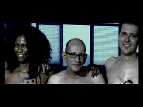 gente fea - La original propuesta de El Tío Carlos arranca del lenguaje personal y original creado por los barceloneses Carlos