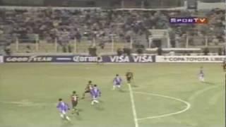 Na altitude o Flamengo consegue arrancar o empate na libertadores com o fraco time boliviano.