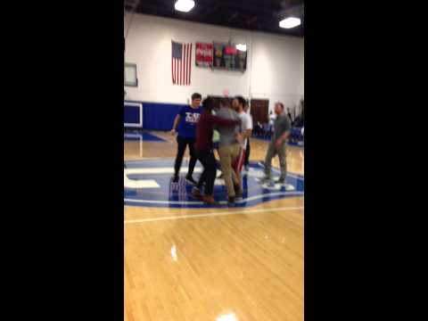 Covenant Basketball Chick-fil-A Halfcourt Shot: Snoopy Davidson