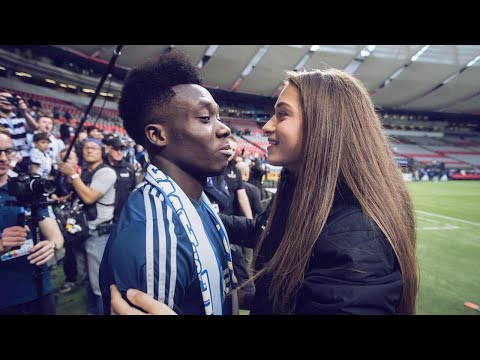 Alphonso Davies and Jordy Huitema's love story | Oh My Goal