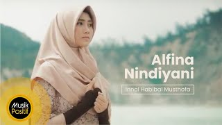 Download Video Alfina Nindiyani - Innal Habibal Musthofa (Music Video) MP3 3GP MP4