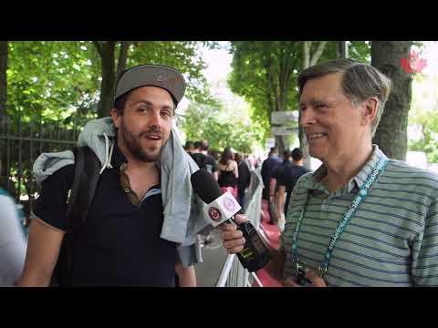Du métro au site de Roland-Garros, Tom a rencontré des amateurs de tennis et nous fait profiter de sa visite express au tournoi.