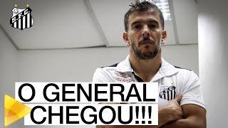 O GENERAL CHEGOU! Leandro Donizete assinou e é do Santos pelos próximos três anos. Confira a primeira entrevista do volante como jogador do Peixe!