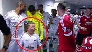 Video Cuando los niños conocen a sus Ídolos | Momentos Emotivos del Fútbol MP3, 3GP, MP4, WEBM, AVI, FLV Maret 2019