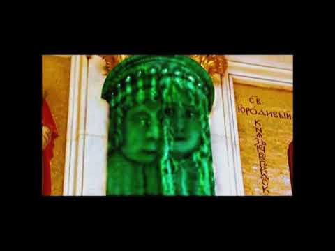 Исаакиевский Собор. Малахитовые колонны.