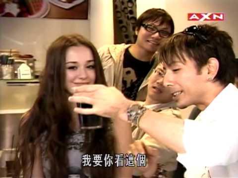 日本知名魔術師隔空幫咖啡加奶精?!真的好厲害!