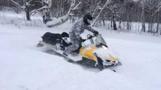 3. Снегоход BRP Ski-Doo Tundra LT 550F