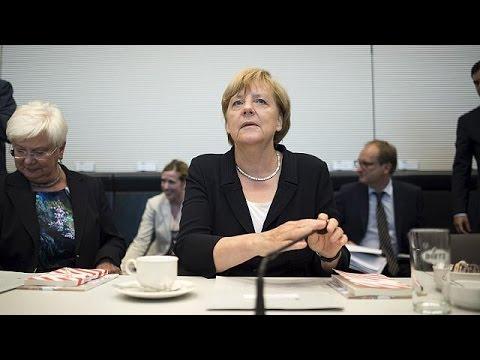 Γερμανία: Οι βουλευτές ψηφίζουν για το τρίτο πακέτο βοήθειας προς την Ελλάδα