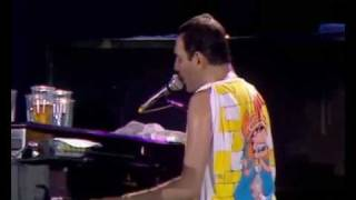 Video Queen -  Bohemian Rhapsody (Live At Wembley Stadium 1986) MP3, 3GP, MP4, WEBM, AVI, FLV Mei 2018