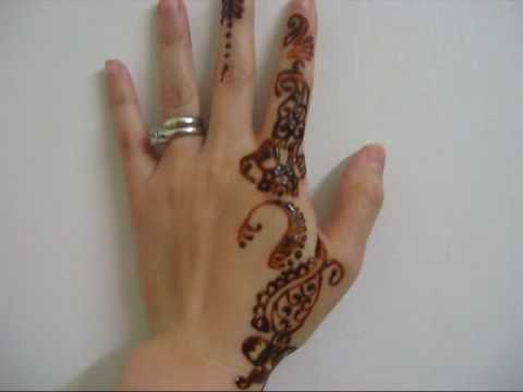 Experimenting with henna for the 1st time