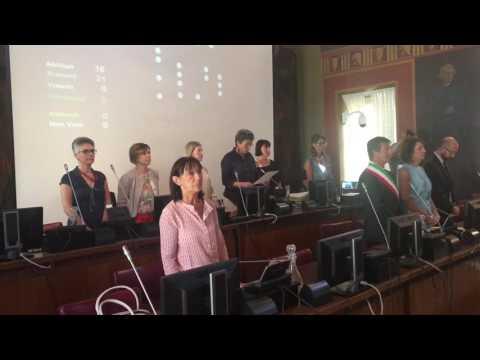 Il consiglio comunale di Bergamo commemora le vittime di Nizza