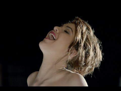 Celeste Buckingham - Love in Your Soul (L�ska na Vl�sku) Official